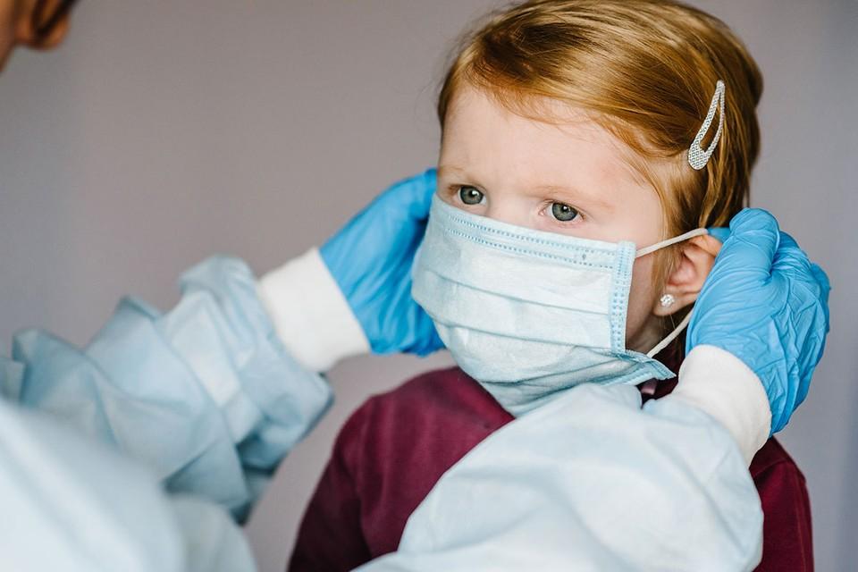 Международные данные показывают, что дети не являются основным источником распространения коронавируса.