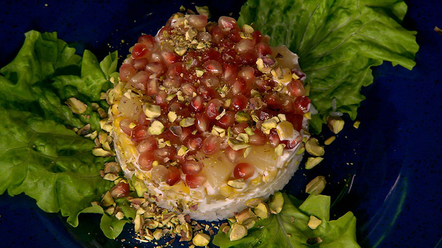 салат с консервированными ананасами фото рецепт