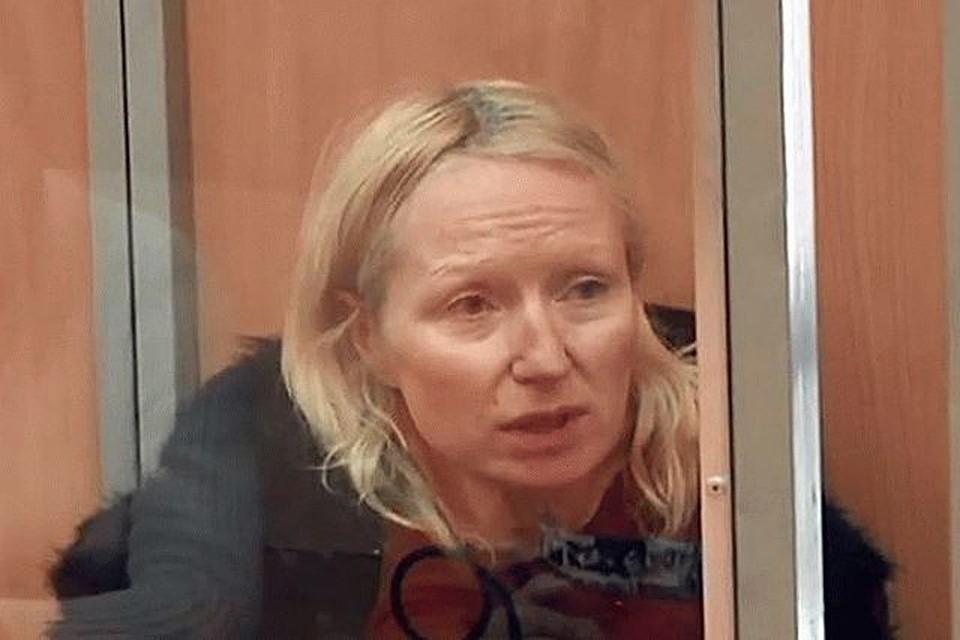 РАНЕЕ (Архив 2018 года) ВСПОМНИМ: Депортированная из России украинская активистка покончила с собой в СИЗО