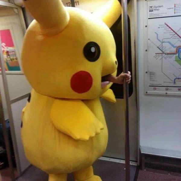 Странные пассажиры из метро …