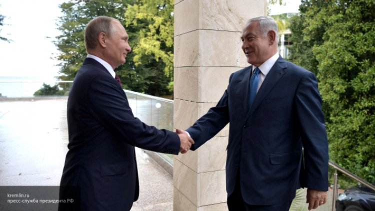 Премьер-министр Израиля был впечатлен редким подарком от Владимира Путина