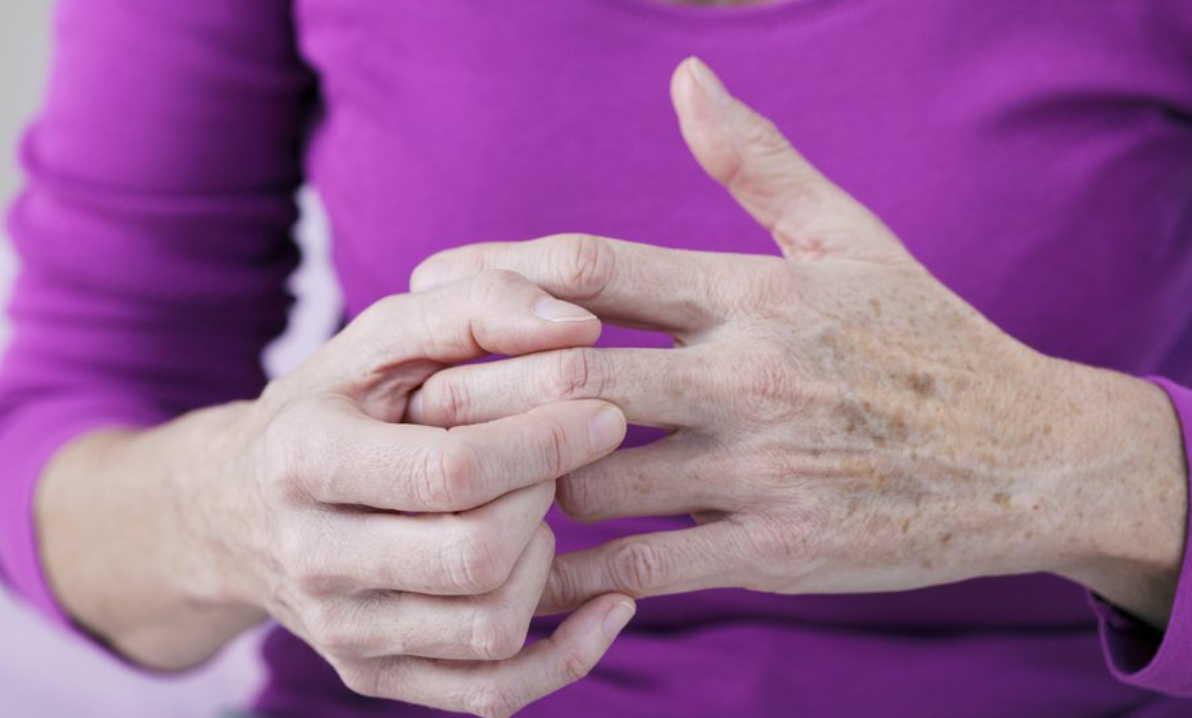 Если конечности постоянно немеют и болят: вот что нужно сделать!