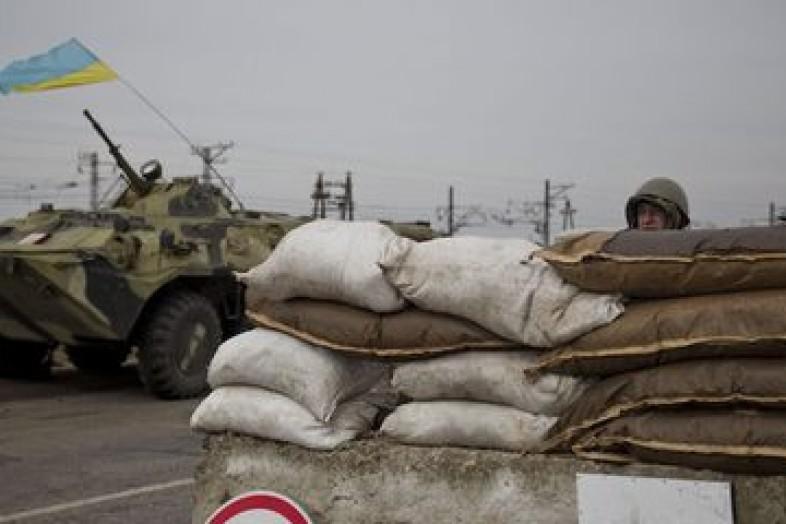 СРОЧНО: Киев пошел на силовой разгон блокады Донбасса, «редуты» ветеранов «АТО» штурмует бронетехника