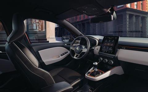 Renault показала салон нового Clio