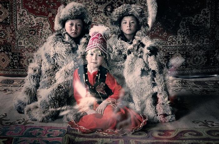 16 колоритных фотографий этнических казахов Баян-Улгийского региона Монголии