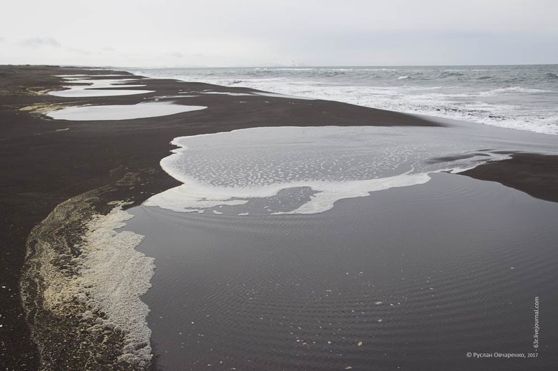 Серфинг по-черному. Халактырский пляж как гнездо Камчатского серфинга путешествия, факты, фото