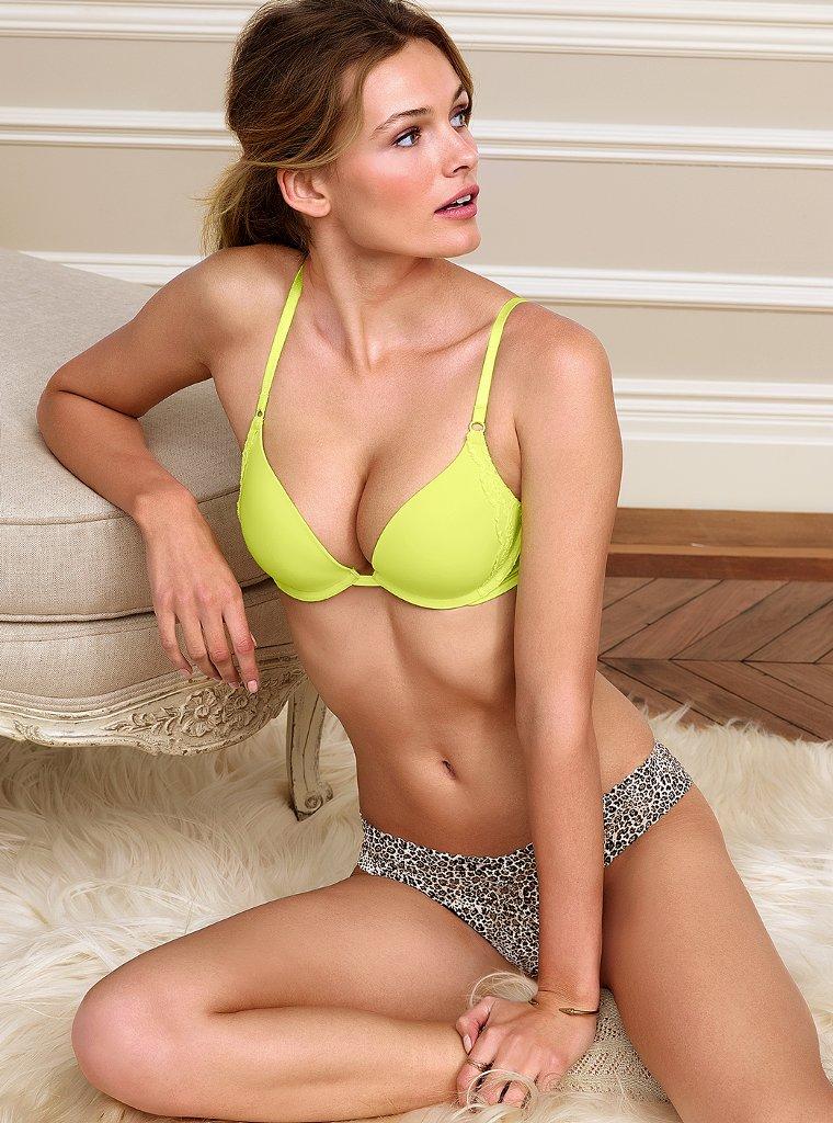 Соблазнительная Эдита Вилкевичуте  в фотосессиях для Victoria`s Secret