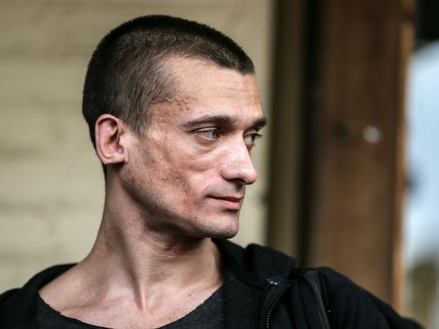Поджигателя Павленского отправили в психиатрический стационар