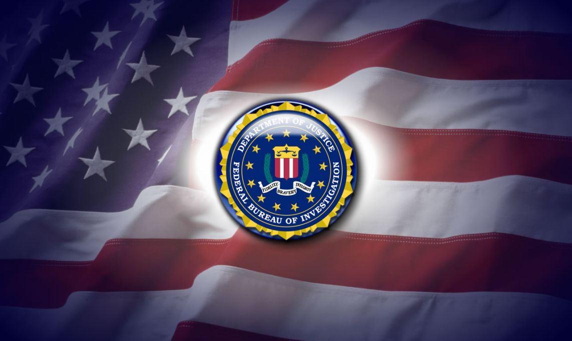 Политическая атмосфера в США нагнетается по законам дешёвого детектива