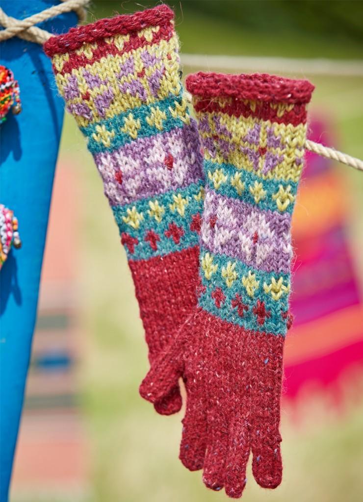 Как связать модные перчатки с жаккардовым узором