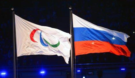 Белорусским паралимпийцам запретили нести российский флаг в Рио