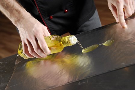 пошаговый рецепт приготовления куриной грудки, фаршированной орехами - шаг 5