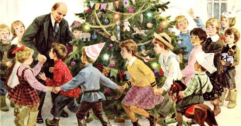 От Адама и Евы до портретов членов Политбюро: гид по истории новогодней елки