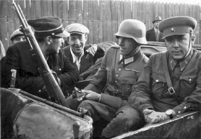 Как Советский Союз присоединил Западную Украину в 1939 году