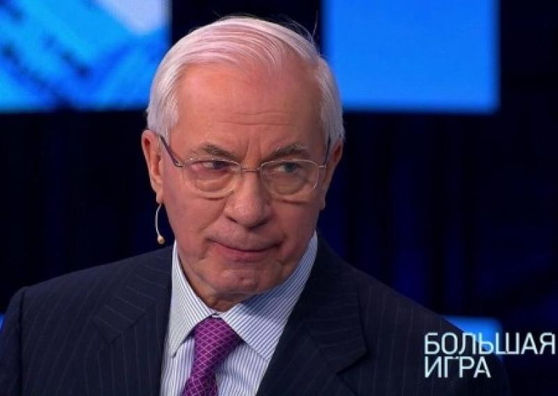 Он очень любил «сладкое». Николай Азаров рассказал, почему выгнал Порошенко из правительства