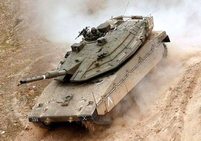 """Израиль стягивает танки """"Меркава"""" к границам Газы"""