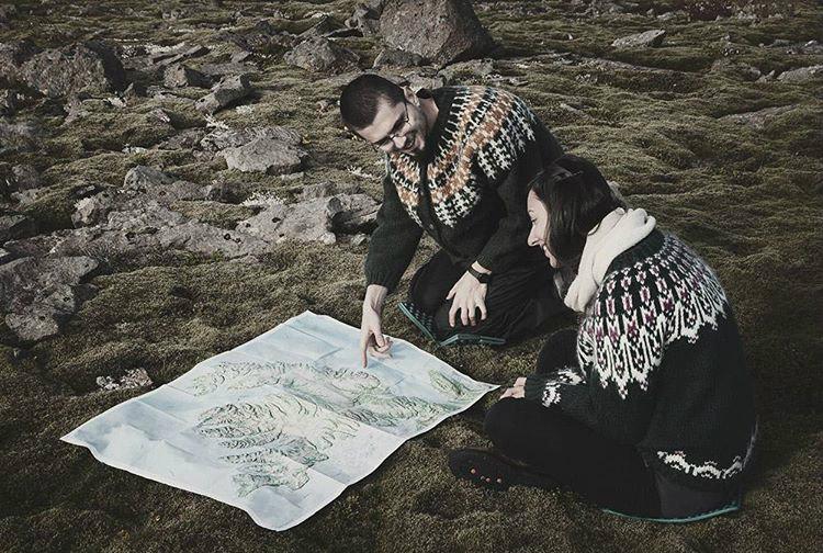 Instagram пары, которая спонтанно поехала в Исландию на неделю, а осталась на полтора года