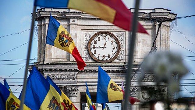 """Что творится в Молдавии? - """"Против России и собственной конституции"""""""