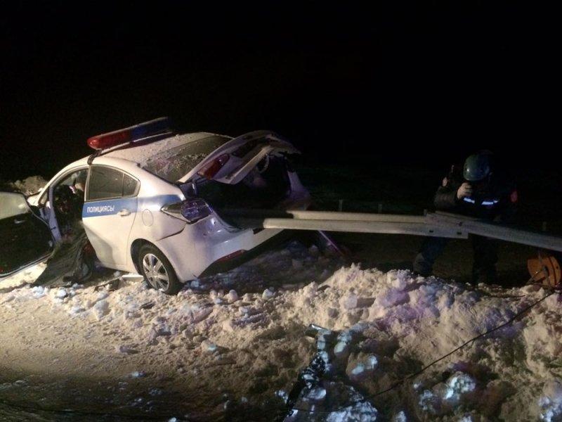 Жесть! Ужасающая смерть полицейского во время погони в Казахстане