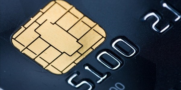 ЦБ обнаружил вирус, считывающий чипы банковских карт