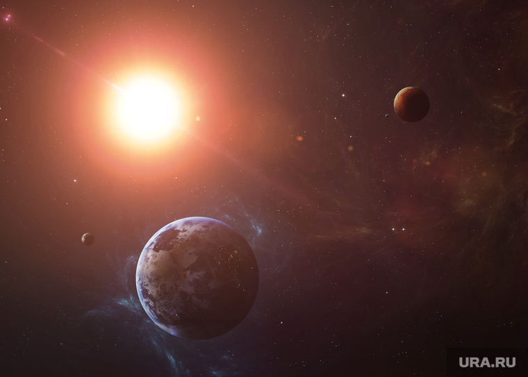 Из-за вспышек на Солнце Земл…