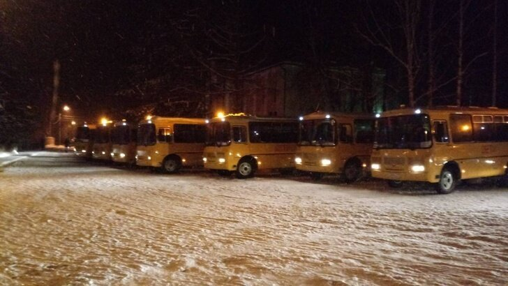 Новые школьные автобусы отправились в районы Амурской и Ульяновской областей Хорошие, добрые, новости, россия, фоторепортаж