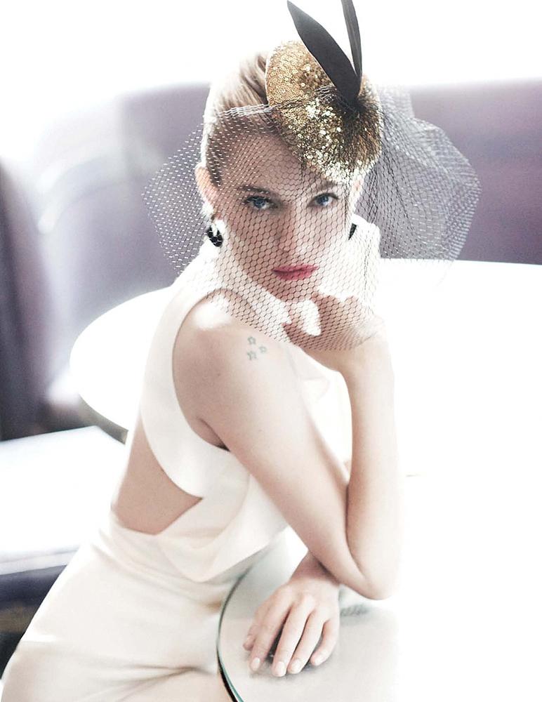 Сиенна Миллер — Фотосессия для «Vogue» UK 2015