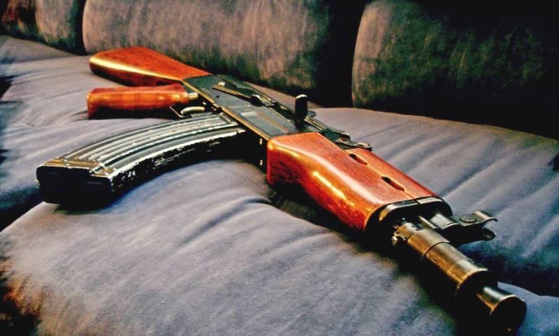 Работа механизмов АК-47 изнутри в замедленной съемке