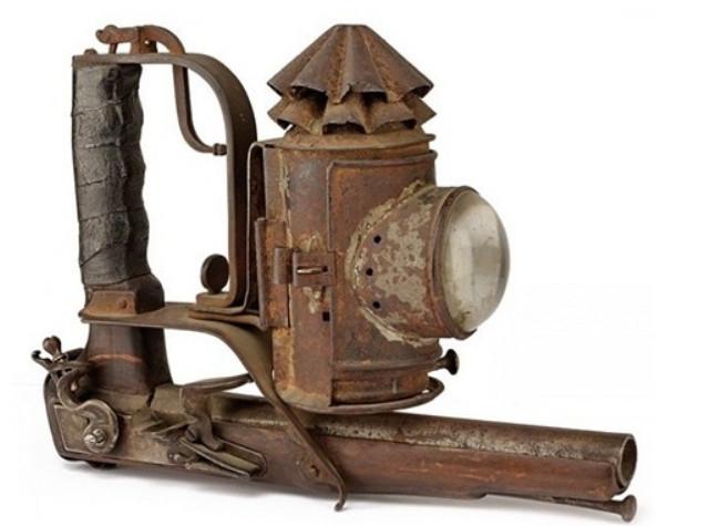 Тактический фонарь с пистолетом: Италия, начало XIX века