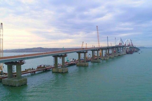 Завершен сбор пролетов автодорожной части Крымского моста со стороны Кубани