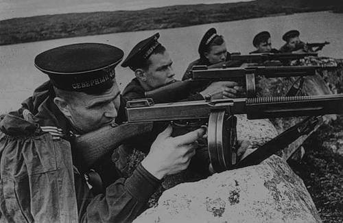 Почему Гитлеру так и не удалось захватить Мурманск