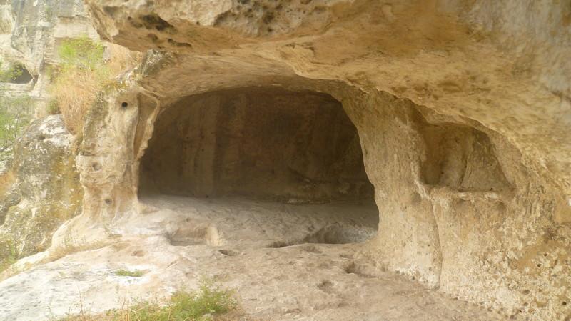 Наверное,чьё-то жильё город Чуфут-Кале, крым, пещерный город, пещерный город Чуфут-Кале