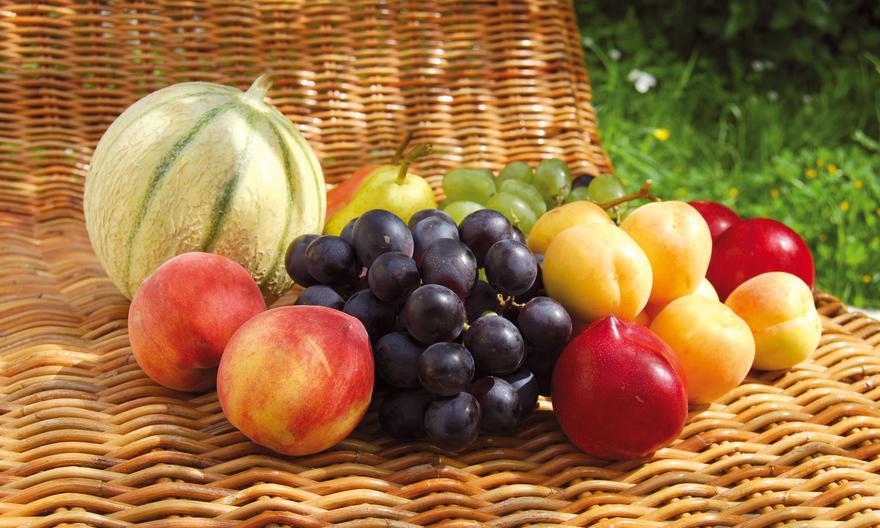 Самые полезные фрукты и ягоды августа