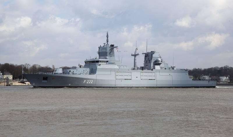 Новый немецкий фрегат Baden-Württemberg успешно провел испытания ракет RAM и Harpoon