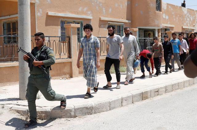 Боевики ИГ ввели собственную валюту в оккупированных зонах Сирии – СМИ