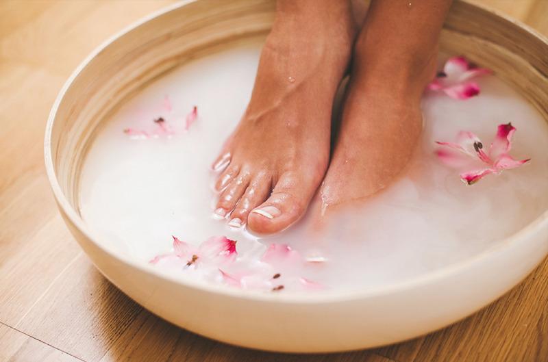Ванночки для ног от грибка в домашних содой