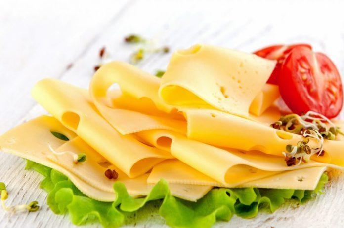 5 видов сыра, полезных для фигуры