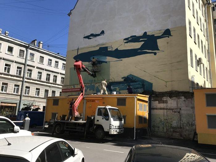 В Санкт-Петербурге появилось новое впечатляющее граффити