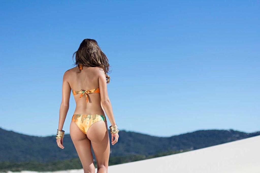 Искушение от Изабелы Сончини  в фотосессии Sol da Barra
