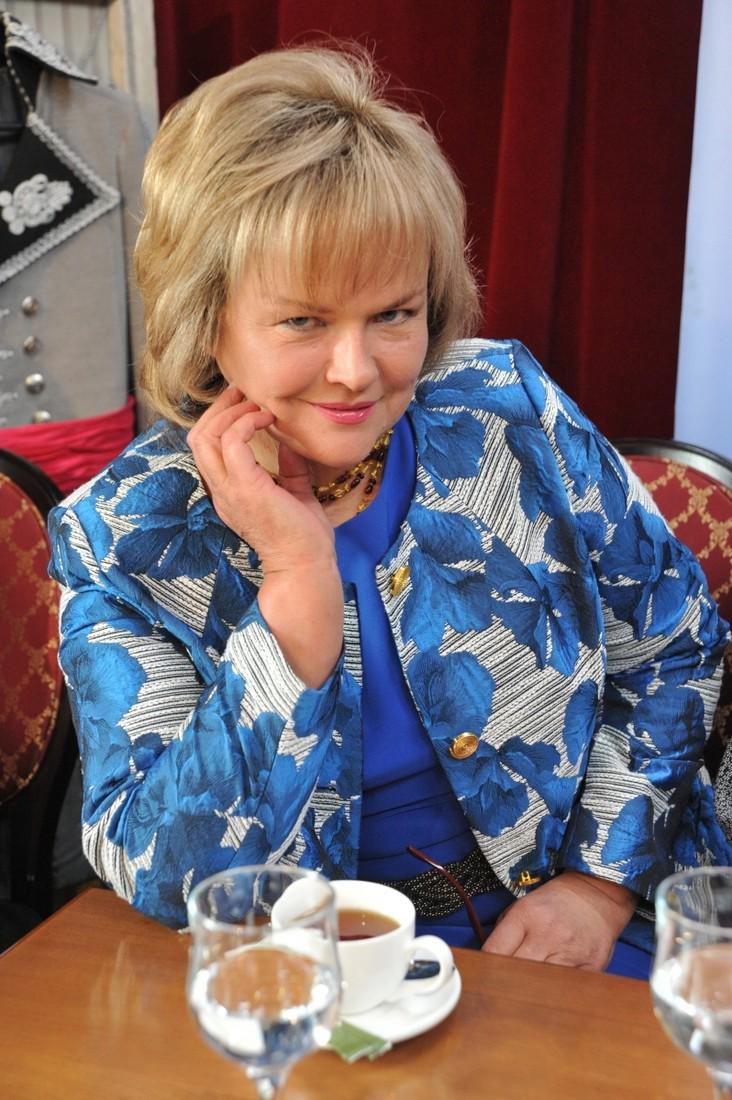 Александра Яковлева. Когда в 60 влюблена в тридцатилетнего