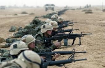 Пентагон просит Россию «не трогать» его спецназ на базе под Ат-Танфом