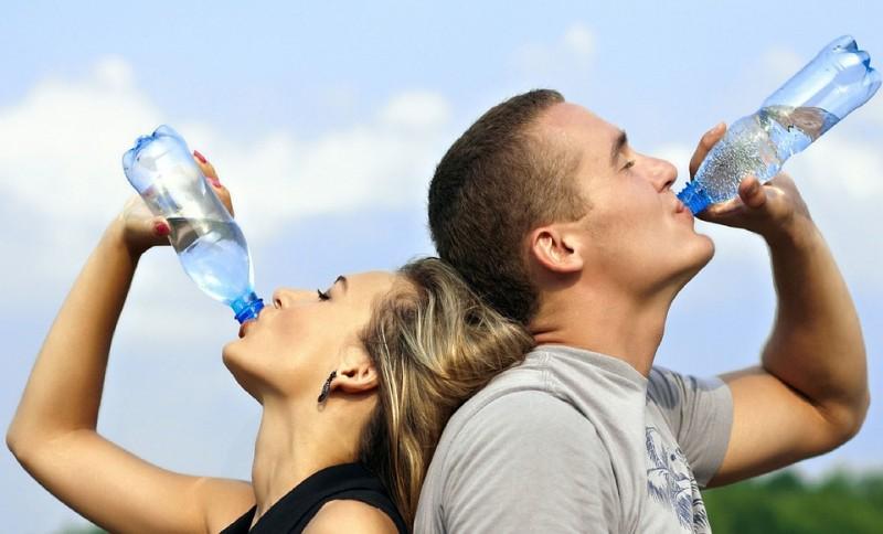 Почему пить много воды опасно