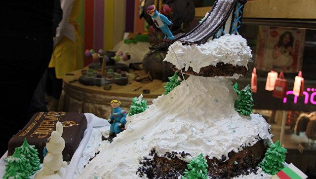 Ростовские стриптизерши испекут торт для Книги рекордов Гиннесса
