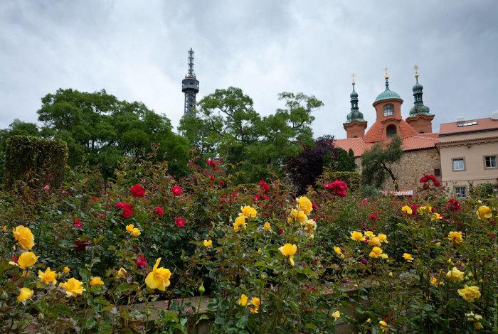 Страговский монастырь. Монастырь относится к старейшим монастырям ордена монахов-премонстрантов.
