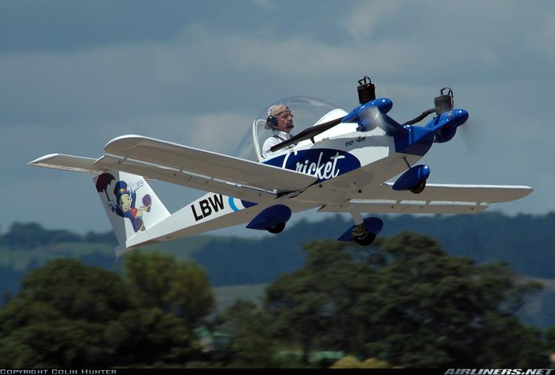 Cri Cri - самый маленький двухмоторный самолет в мире!(24 фото + 6 видео)