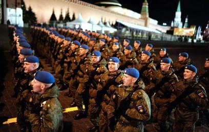 На Красной площади прошла ночная репетиция Парада Победы
