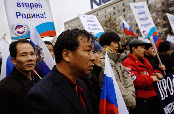 Россияне высказались против упрощения процедуры получения гражданства РФ
