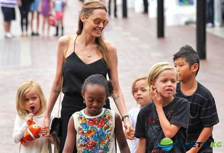 Анджелина Джоли: во что превращает развод женщину...