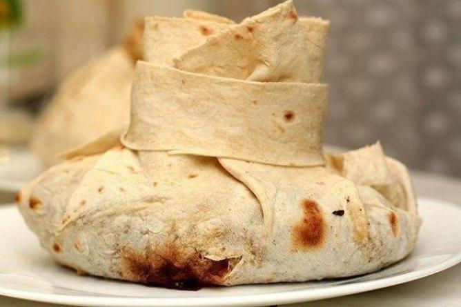 Мясо в армянском лаваше – оригинальное и очень вкусное блюдо
