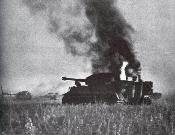 """Трагический бой ИС-2 против 10 """"тигров"""" в январе 1945."""
